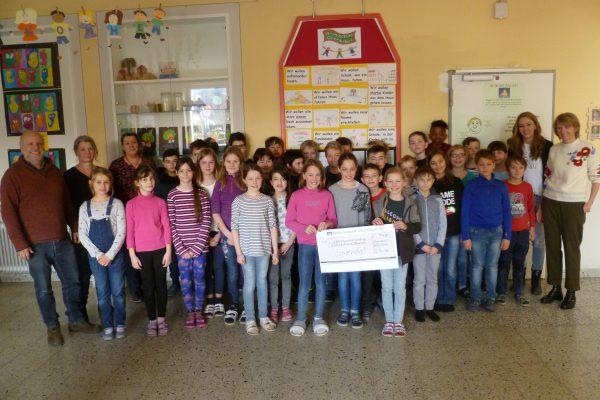 """Spende über 750 € an die """"Kleinen Riesen München"""""""